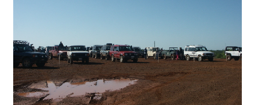 Land Rovers lining up for guided trail runs scarr 2008